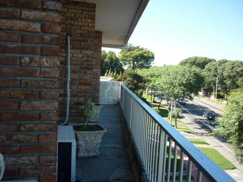 amplia terraza, hermosa vista, todo exterior