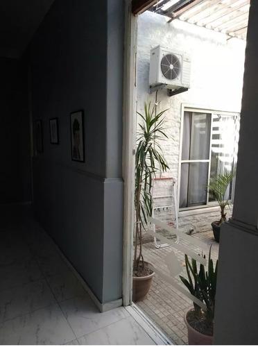 amplia, totalmente reciclada, 3 dormitorios garage, 2 baños