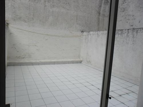 amplio apto c/ patio uso exclusivo! vivienda o escritorio