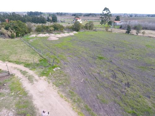 amplio terreno en exte. ubicacion