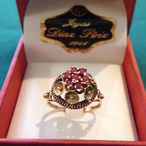 anillo para dama en oro modelo frutilla con rubi (sintetico)