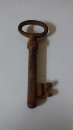 antigua llave de hierro $ 100