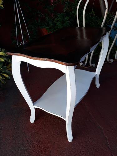 antigua mesa de sala estilo francés !!