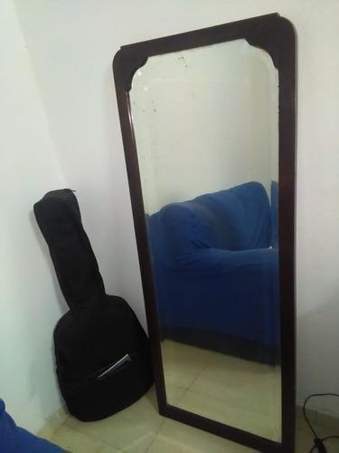 antiguo espejo restaurado bicelado viejo