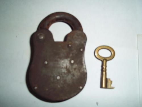 antiguo llave candado