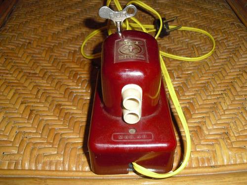 antiguo proyector aleman dux a cuerda y electrico funciona