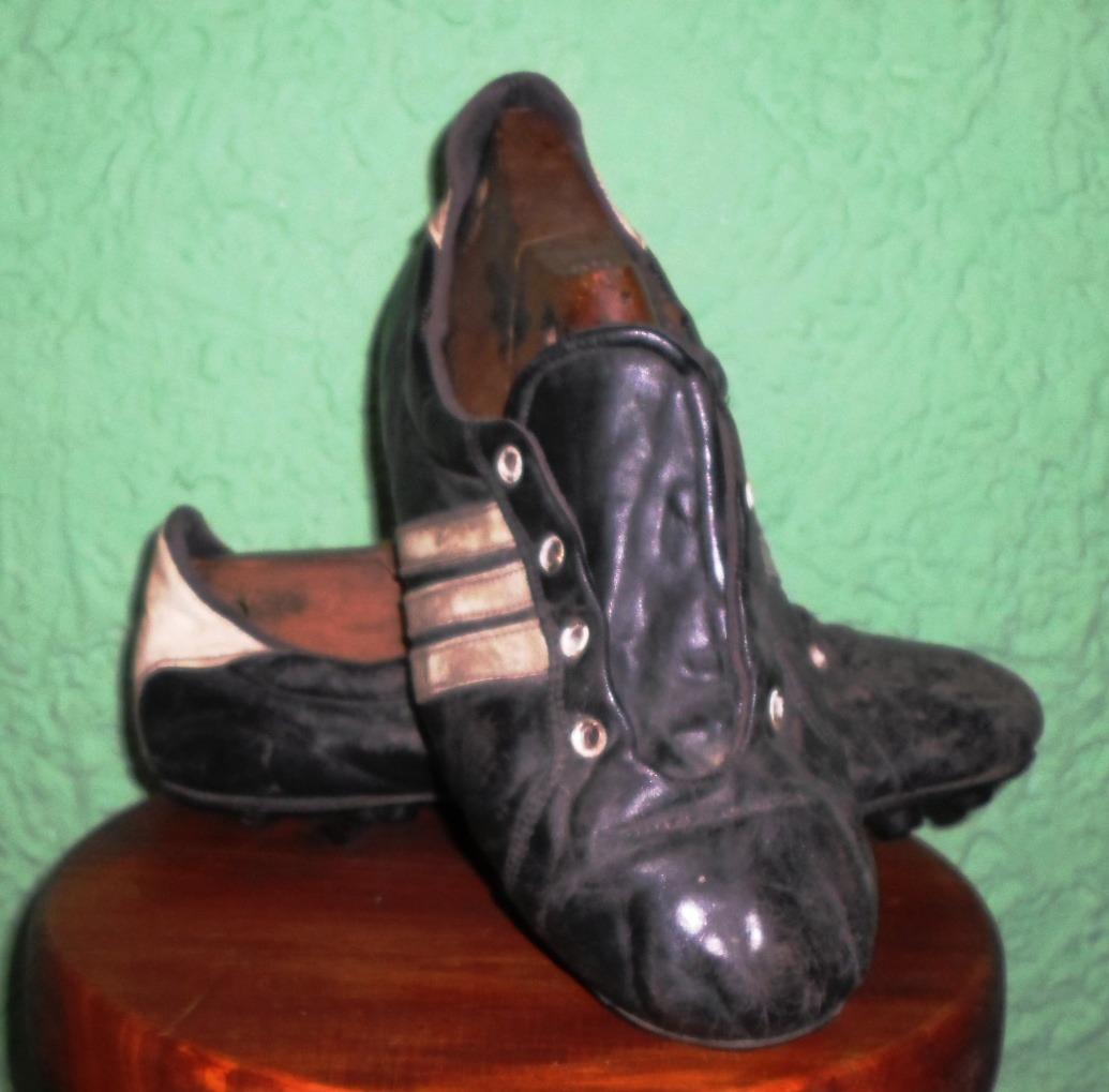 b2f7fca7867c0 antiguos zapatos de fútbol de cuero niza. Cargando zoom.