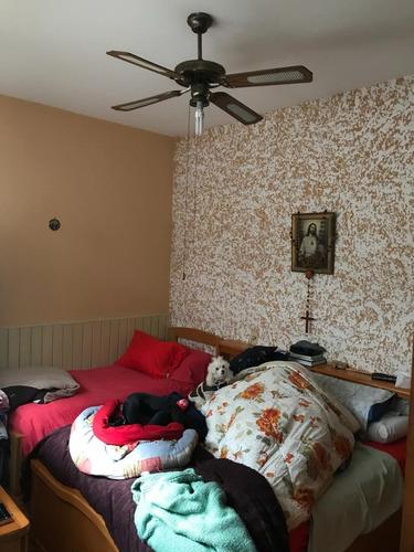 antonio machado a metros de bv.artigas casa de alto 3 dorm