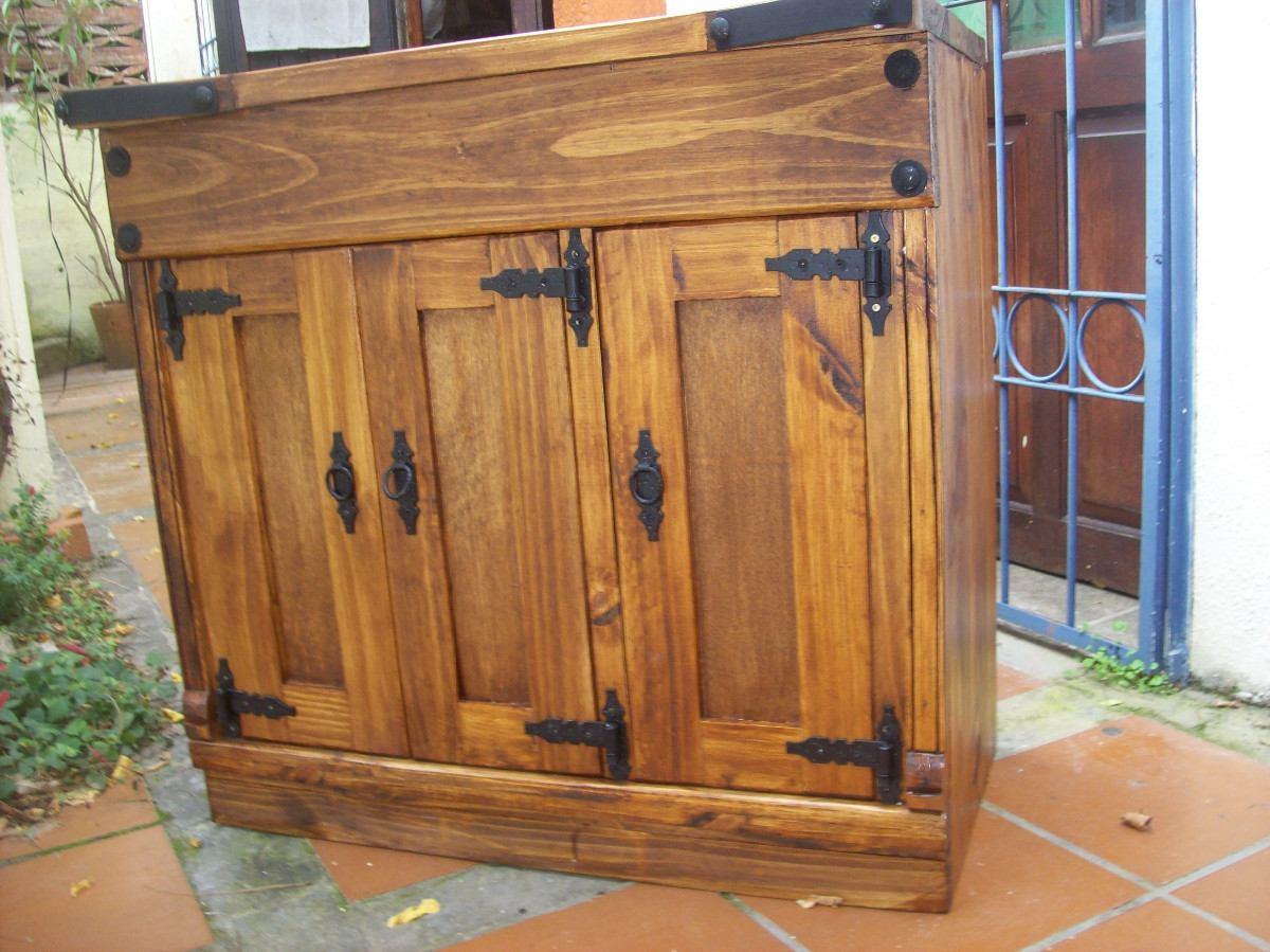 Aparador rustico madera maciza con apliques de hierro for Muebles madera maciza uruguay