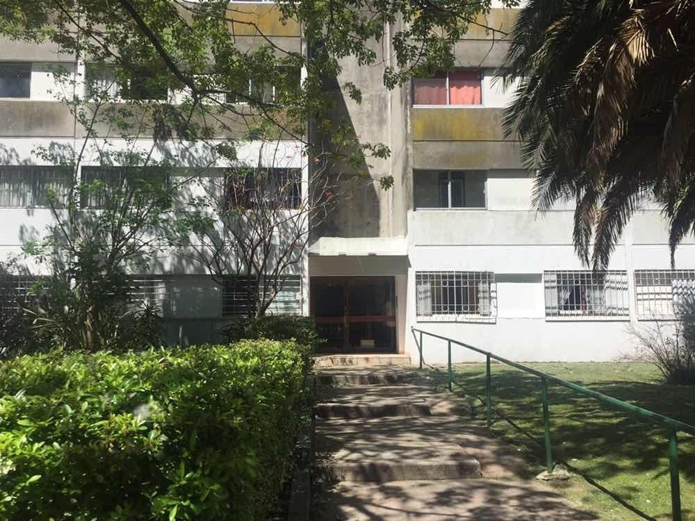 apartamento 1 dormitorio cocina definida amplio cochera