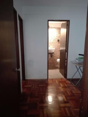 apartamento 1 dormitorio en peatonal frente a imm!!