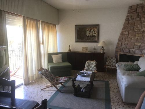 apartamento 2 dormitorios con garage ( atlantida )