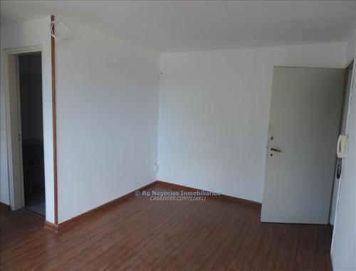 apartamento 2 dormitorios en complejo con gran parque