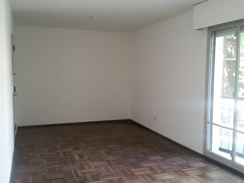 apartamento 2 dormitorios, placares, terraza. todo al frente