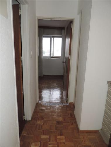apartamento 2 dormitorios sobre av. libertador