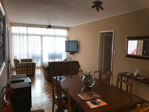 apartamento 3 dormitorios con vista lateral a la rambla