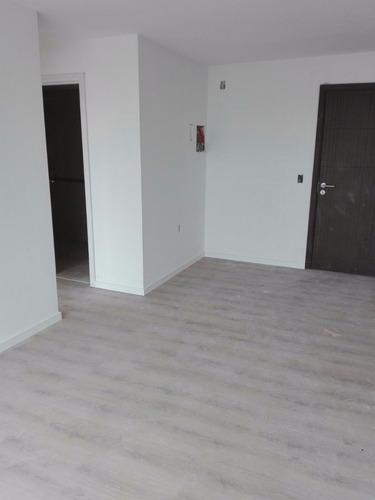 apartamento a estrenar un dormitorio amplio y luminoso!!!