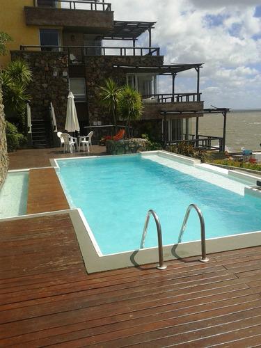 apartamento a la venta con vista al mar