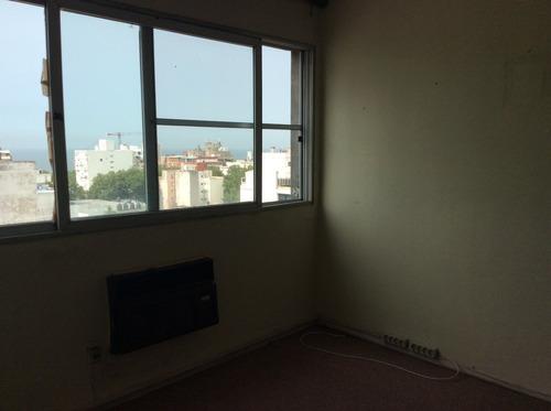 apartamento con gran vista a 18 de julio!!