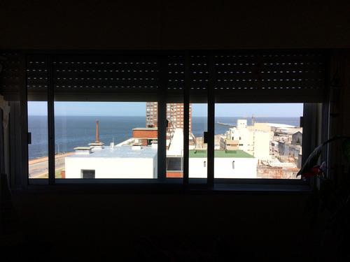 apartamento con vista al mar en ciudad vieja