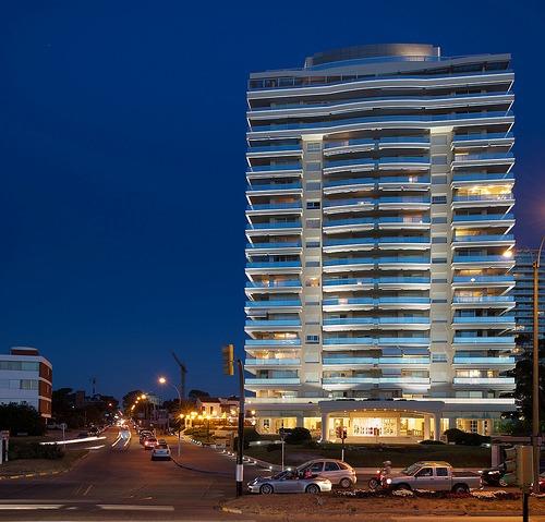 apartamento coral tower