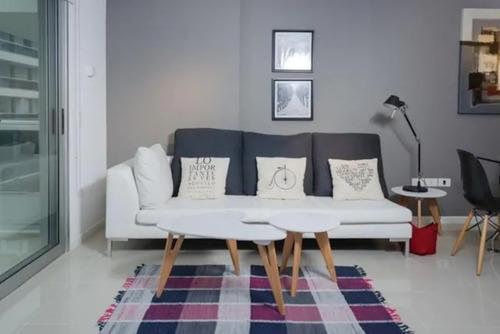 apartamento de 2 dormitorios 1/2 con servicios