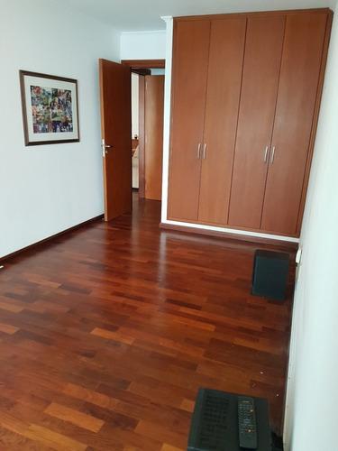 apartamento de 2 dormitorios con garage en pocitos