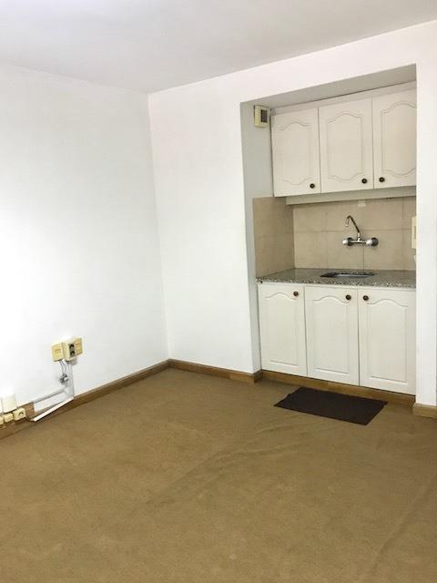 apartamento de 2 dormitorios en cordon!