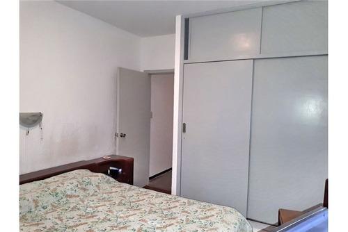 apartamento de 3 dorm. al frente