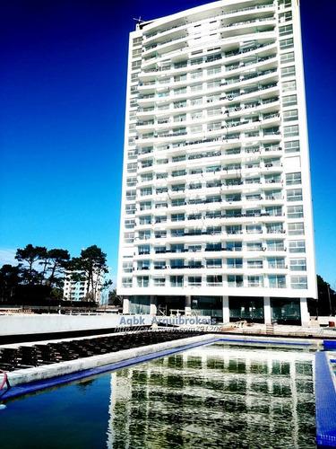 apartamento de 3 dormitorios en venta en la mansa piso 19