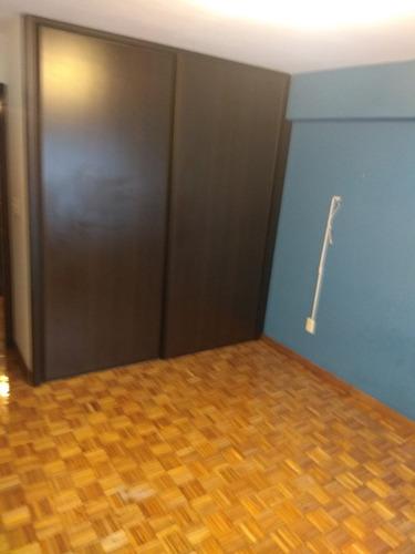 apartamento de categoría, totalmente reciclado, 170 metros!