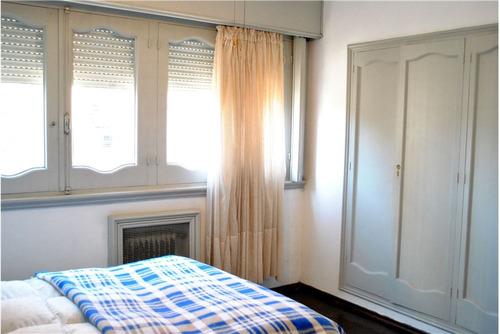 apartamento de dos dormitorios + servicio completo