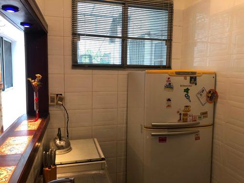 apartamento. dos dormitorios, un baño. patio
