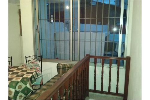 apartamento duplex en tres cruces 3 dor 2 baños
