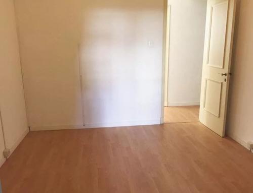apartamento en alquiler de 3 dormitorios  en centro