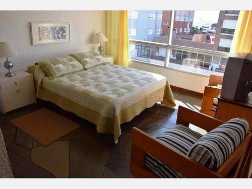 apartamento en alquiler ref: 1536