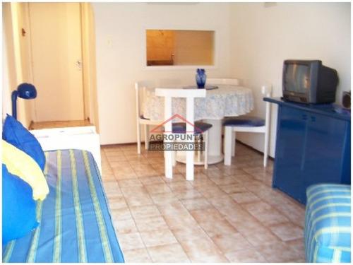 apartamento en alquiler ref: 2164