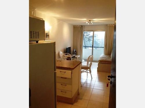 apartamento en alquiler ref: 427