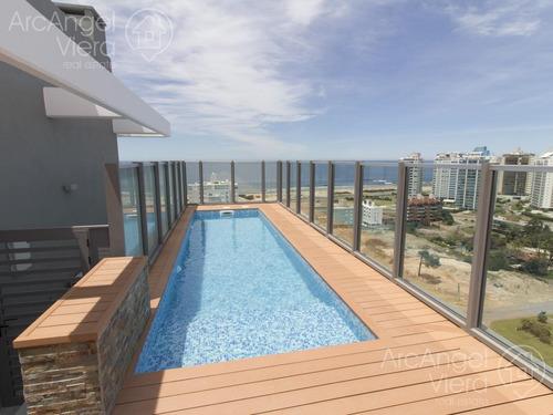 apartamento  en alquiler -venta  en punta del este, playa brava, edificio chronos - disponible febrero