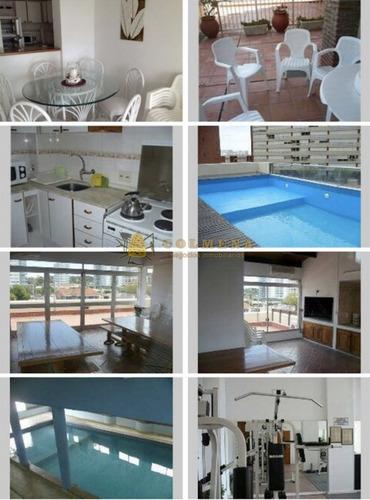 apartamento en av. francia de 2 dormitorios 2 baños con terraza. living, cocina, comedor, garaje , muy luminoso. - ref: 1171