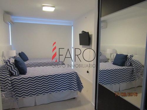 apartamento en brava 3 dormitorios con servicios - ref: 34085