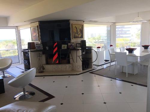 apartamento en brava 4 dormitorios con terraza, parrillero y garage - ref: 35971