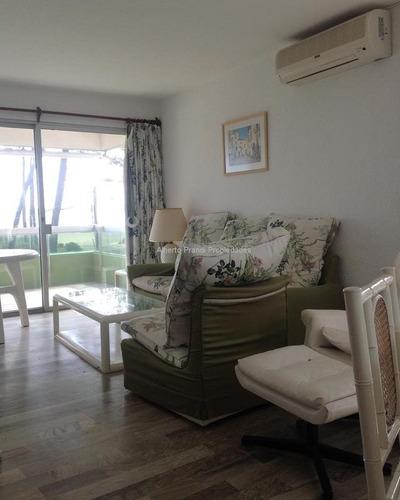apartamento en mansa en excelente ubicación con vista al mar