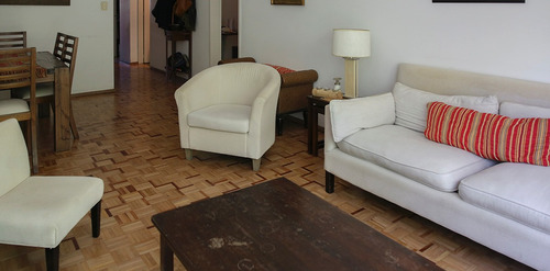apartamento en pocitos. ref: 6398