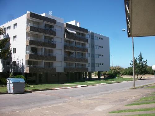 apartamento en punta del este frente al mar. pda 15. mansa