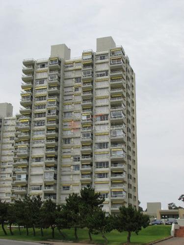 apartamento en punta del este, mansa - ref: 25183