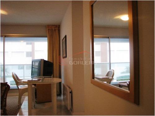 apartamento en punta del este, zona mansa - ref: 2151