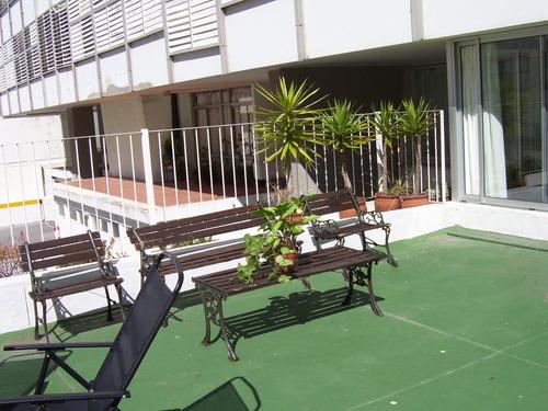 apartamento en punta x gorlero, a 50 m. del puerto,peninsula