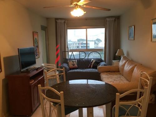 apartamento en roosevelt 1 dormitorio con balcón y garage - ref: 35874