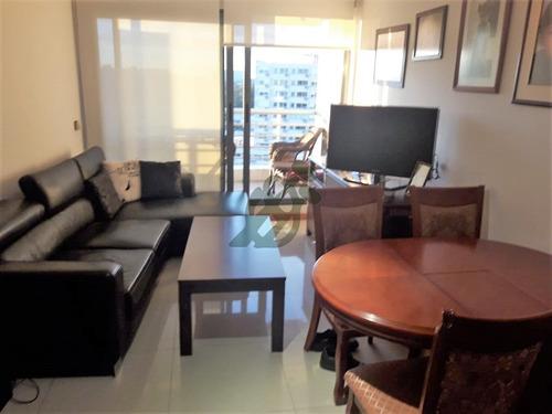apartamento en venta en malvin, en edificio de categoría - ref: 2701
